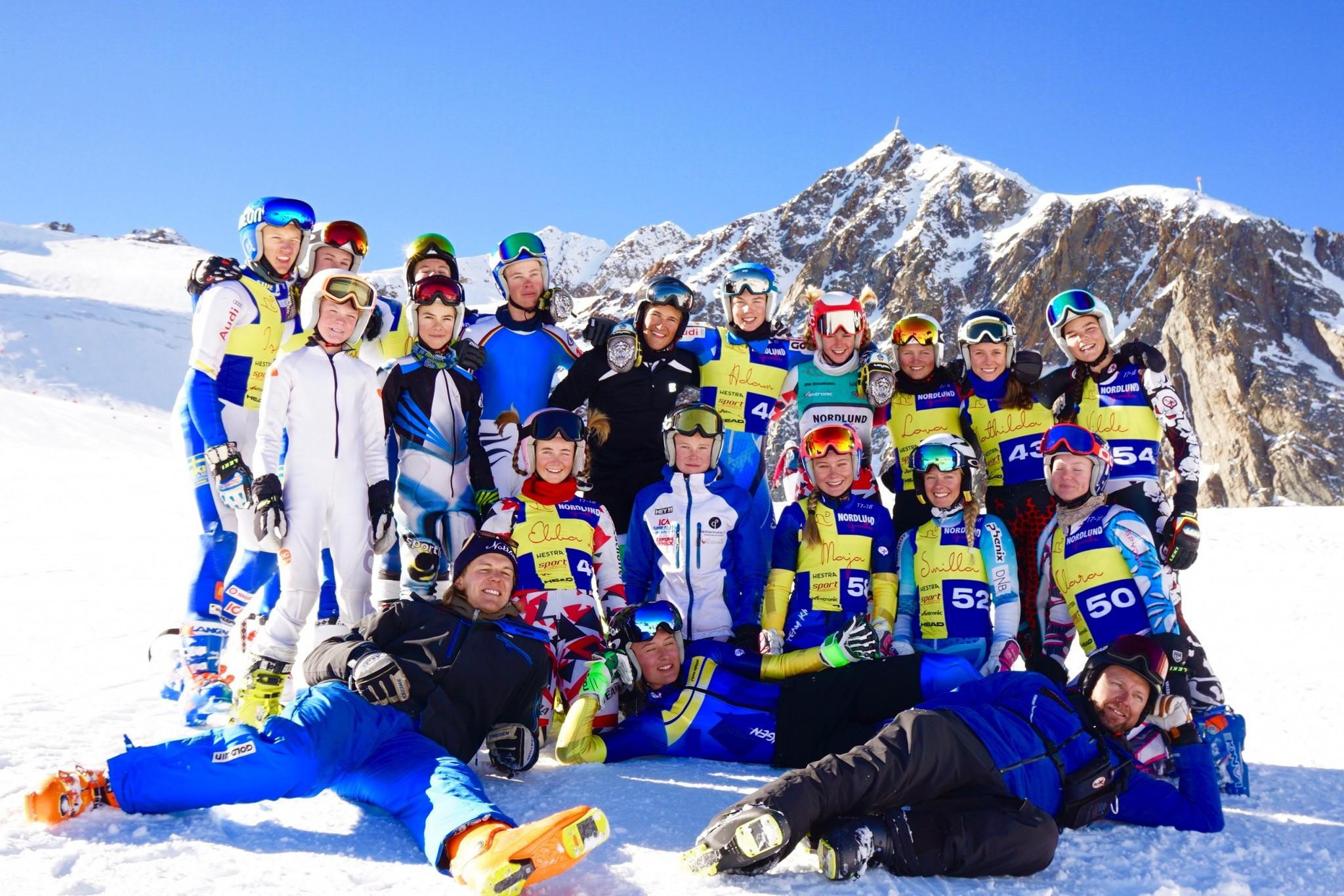 U16 gruppen efter sista passet i Pitztal för i år.